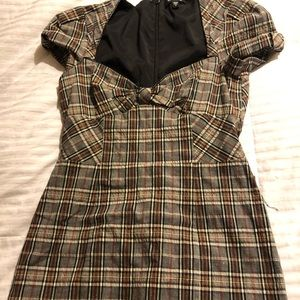 Bebe Gray/Brown Plaid Retro Dress 6